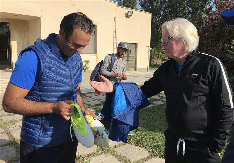دیدار شفر و پاشازاده در تمرین استقلال