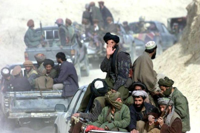 داعش 2 ولسوالی در ولایت جوزجان را از چنگ گروه طالبان درآوردند