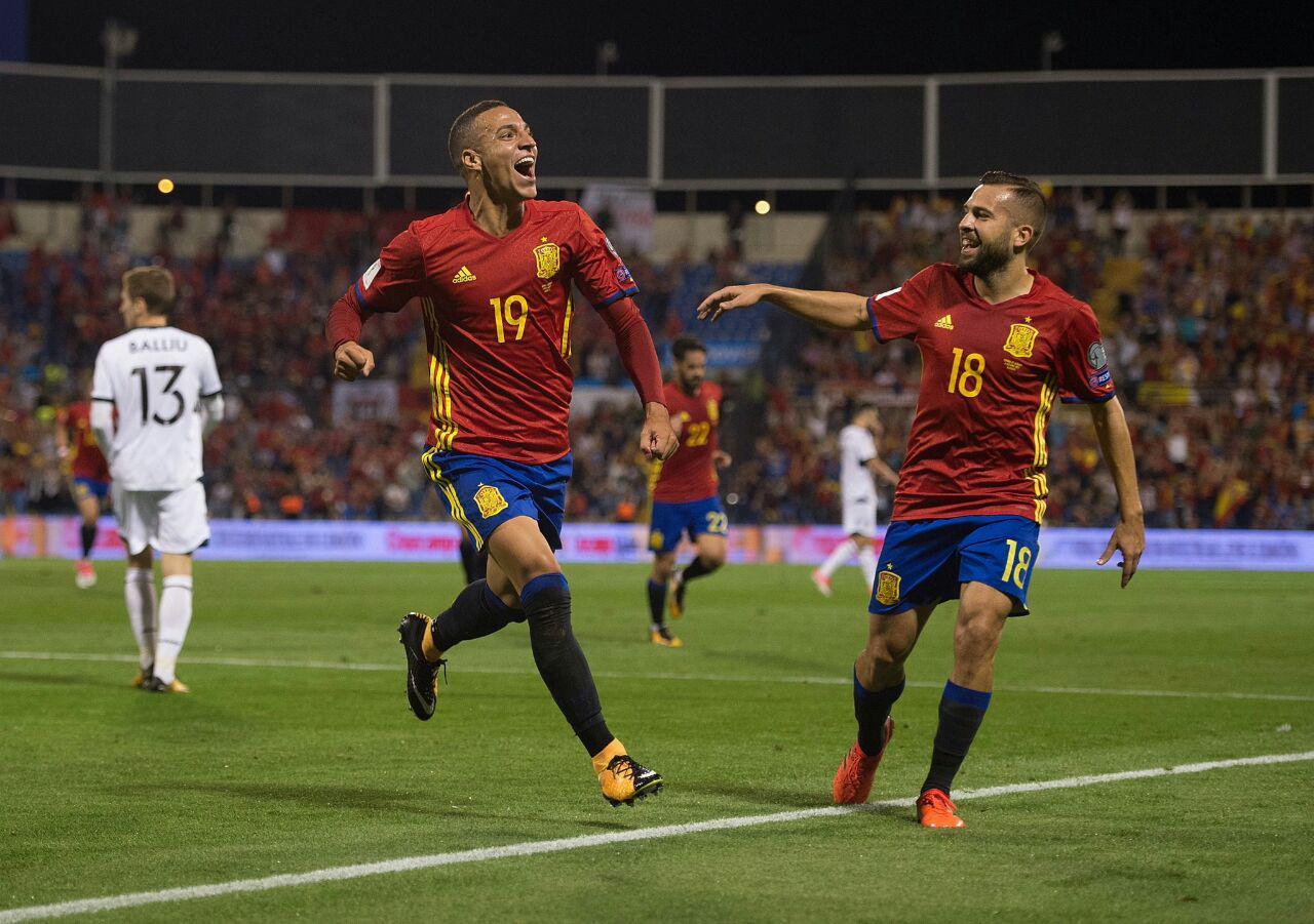 اسپانیا ۳ - آلبانی صفر /ماتادورها به جام جهانی صعود کردند