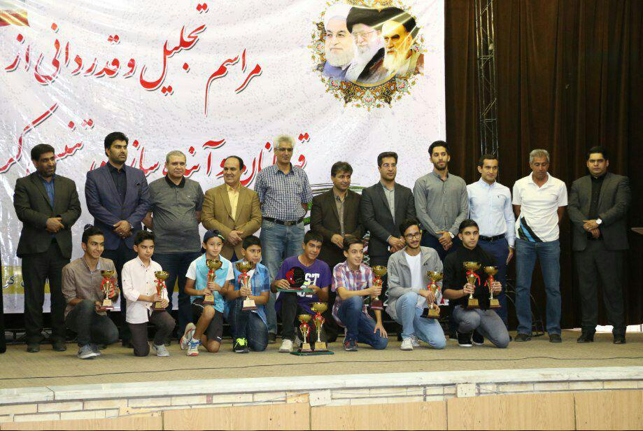 تجلیل از قهرمانان و آینده سازان تنیس استان کرمان + تصاویر