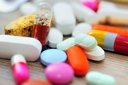 40 درصد لوازم پزشکی و دارو، غیر قانونی وارد افغانستان می شود
