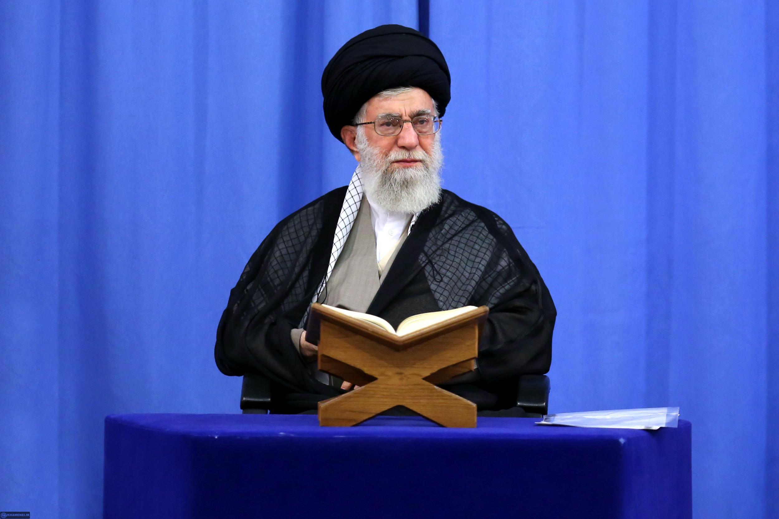 لزوم تدبر در قرآن از نگاه مقام معظم رهبری