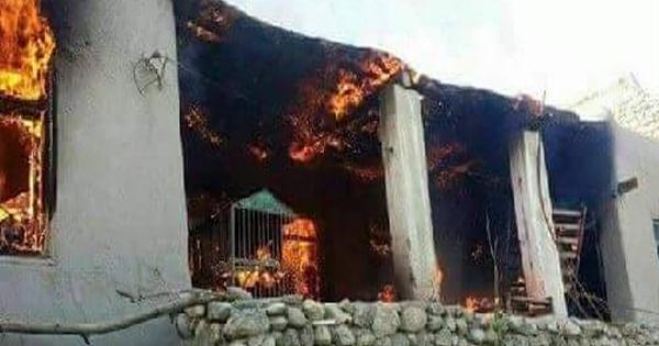 طالبان 10 خانه در ولایت بادغیس را به آتش کشید