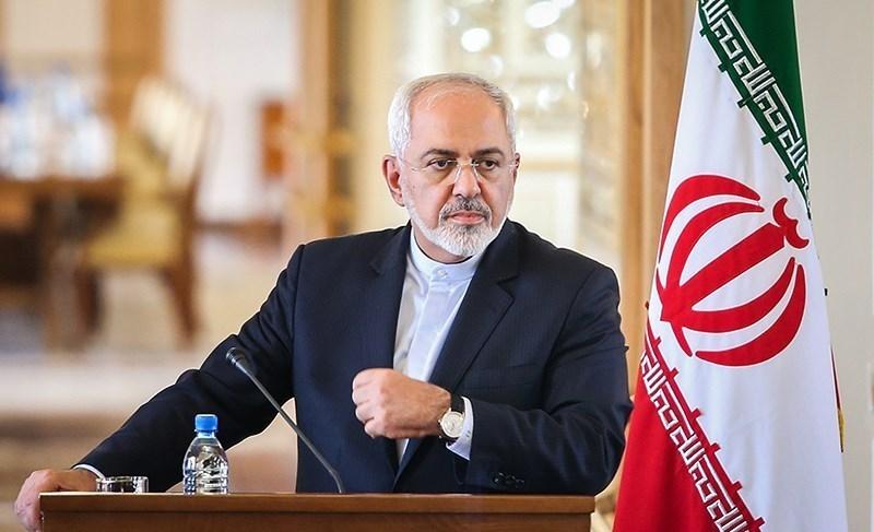 ظریف «اعتیاد» آمریکا به تحریمها را محکوم کرد