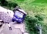 باشگاه خبرنگاران -فرار راننده کامیون از مرگ +فیلم