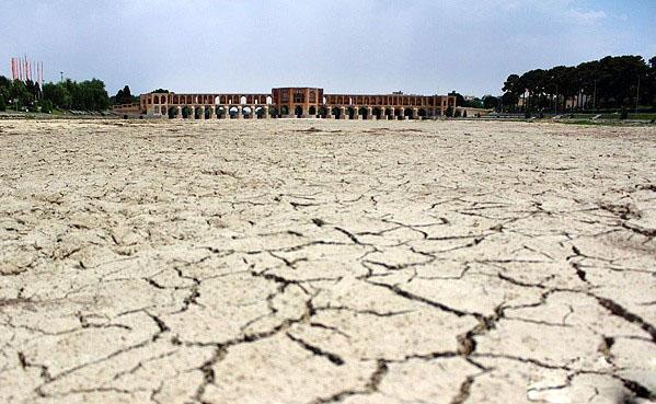 مرگ زاینده رود/خشکسالی اقلیمی یا خشکسالی مدیریت