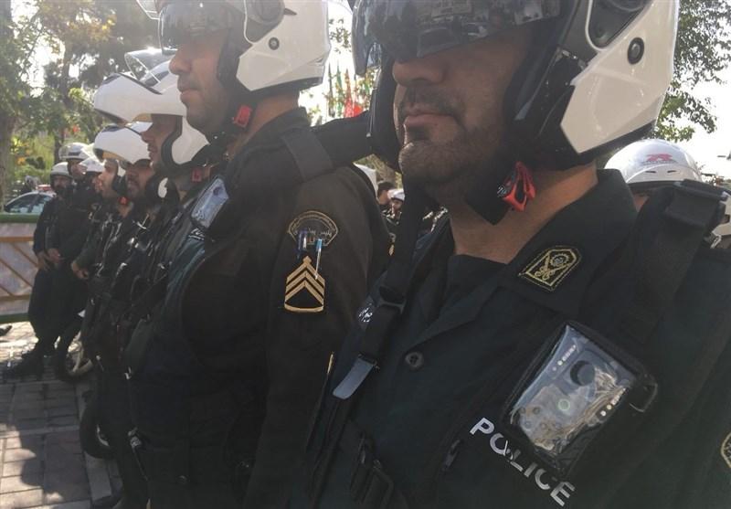 توزیع لباس های دوربین دار میان ماموران نیروی انتظامی+عکس