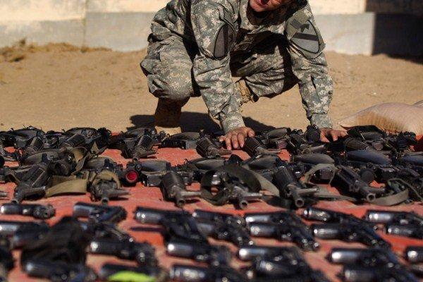 آمریکا چگونه تسلیحات را به تروریستهای داعشی میرساند؟