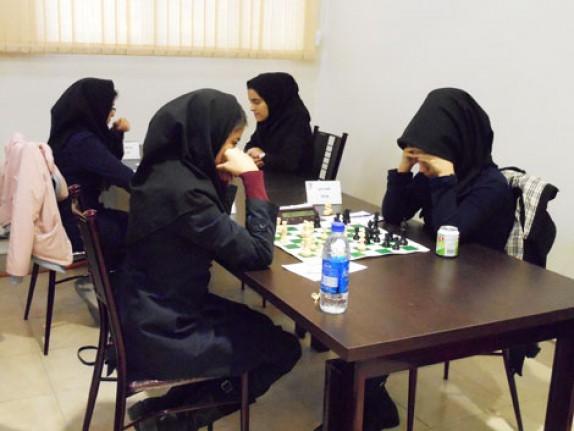 باشگاه خبرنگاران -برگزاری رقابت های شطرنج ویژه بانوان کشور در زنجان