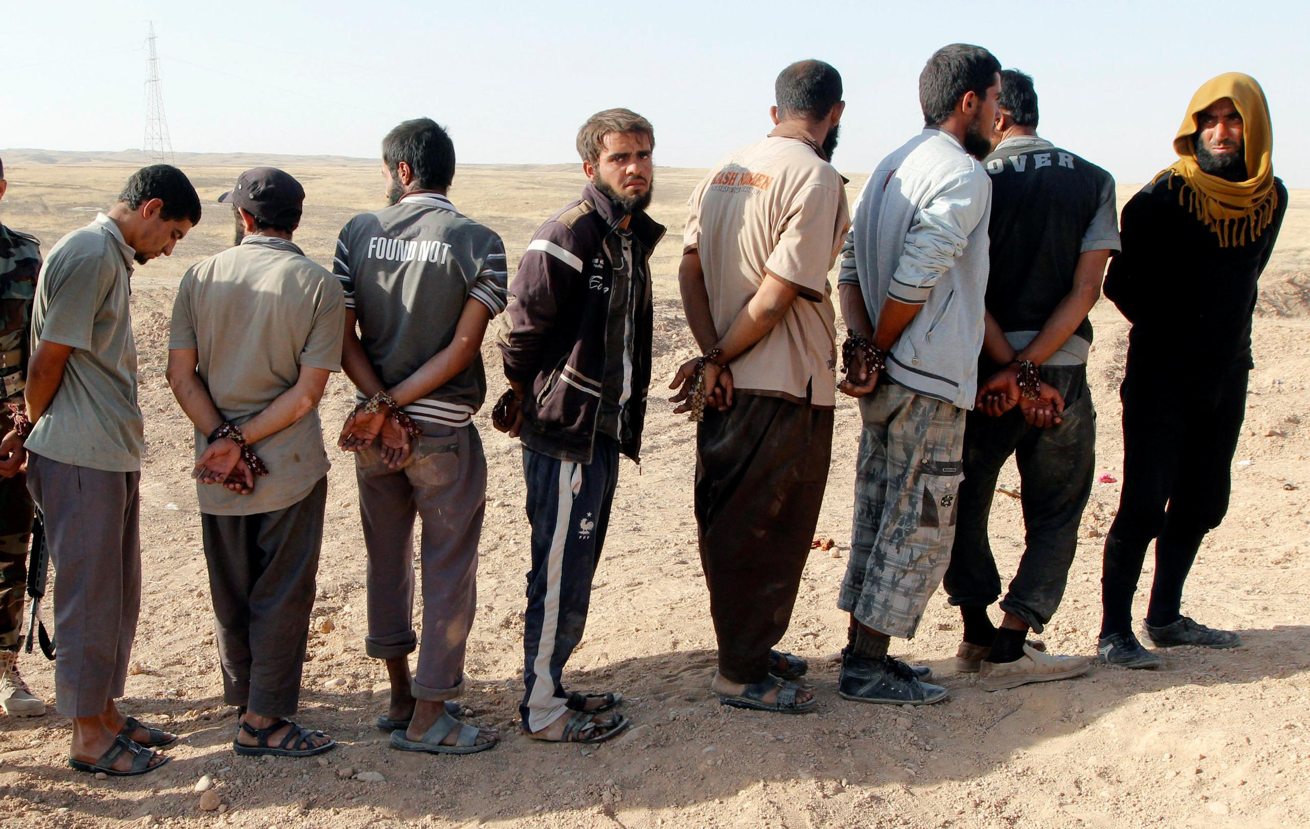 داعشیهای گرفتار شده در اسارت نیروهای پیشمرگه