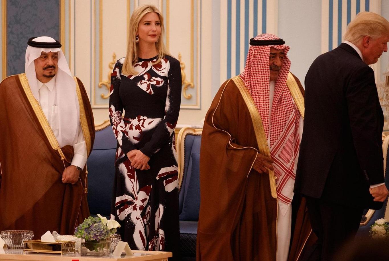 اقدامات پوپولیستی پادشاه عربستان همچنان ادامه دارد!/ انحراف افکار عمومی با اعطای آزادیهای نمایشی