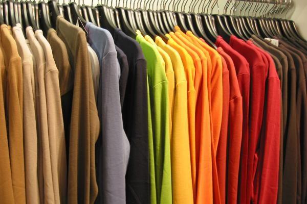 اختلاف یک میلیارد دلاری در آمارهای واردات پوشاک به ایران + صوت
