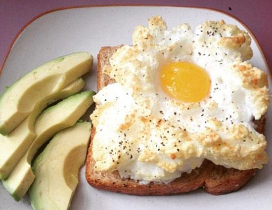 تخم مرغ ابری برای صبحانه+عکس