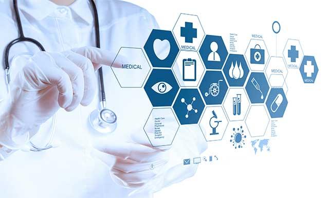 ایجاد چالش در حوزه پزشکی به صلاح سلامت مردم نیست/ تولید ۳۰ درصد از علم کشور توسط دانشجویان حوزه پزشکی