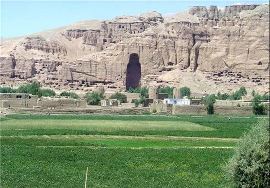 تصاویر: لاله ها و قله ها در افغانستان