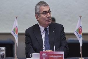 رئیس فدراسیون جهانی تیراندازی با کمان ابقا می شود