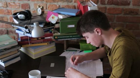 باشگاه خبرنگاران -چگونه با حجم بالای دروس در سال کنکور پیشرفت تحصیلی را تجربه کنیم؟