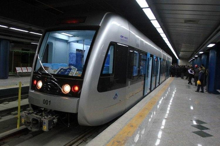 مترو وسیلهای برای دیر رسیدن!