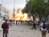 باشگاه خبرنگاران -22 کشته بر اثر انفجار خودروی بمبگذاری شده در سومالی / شینهوآ: تعداد کشتهها به 40 تن افزایش یافت