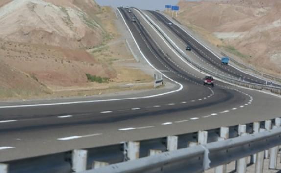 باشگاه خبرنگاران -شناسایی ۳۵ نقطه پر حادثه در جادههای آذربایجان غربی