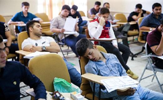 رقابتی کاذب به نام دانشآموزان، به کام سودجویان