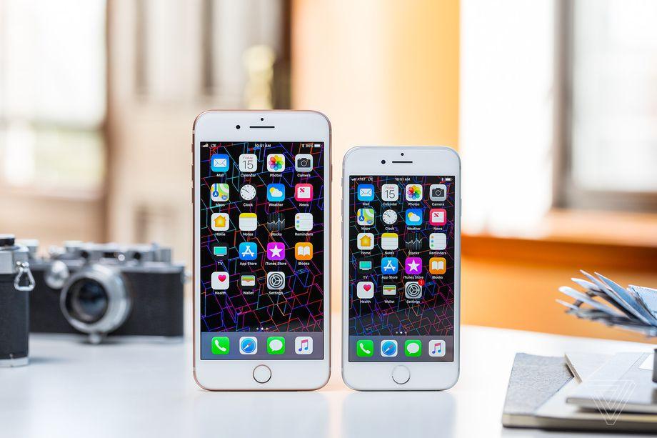 آیا فروش نسل جدید آیفونهای اپل با شکست مواجه شده است؟!