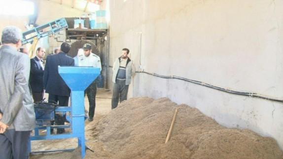 باشگاه خبرنگاران -کشف بیش از 10 تن پودر گوشت غیرمجاز در هریس