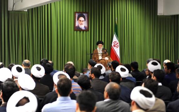 جمعی از استعدادهای برتر و نخبگان جوان کشور با رهبر معظم انقلاب دیدار کردند