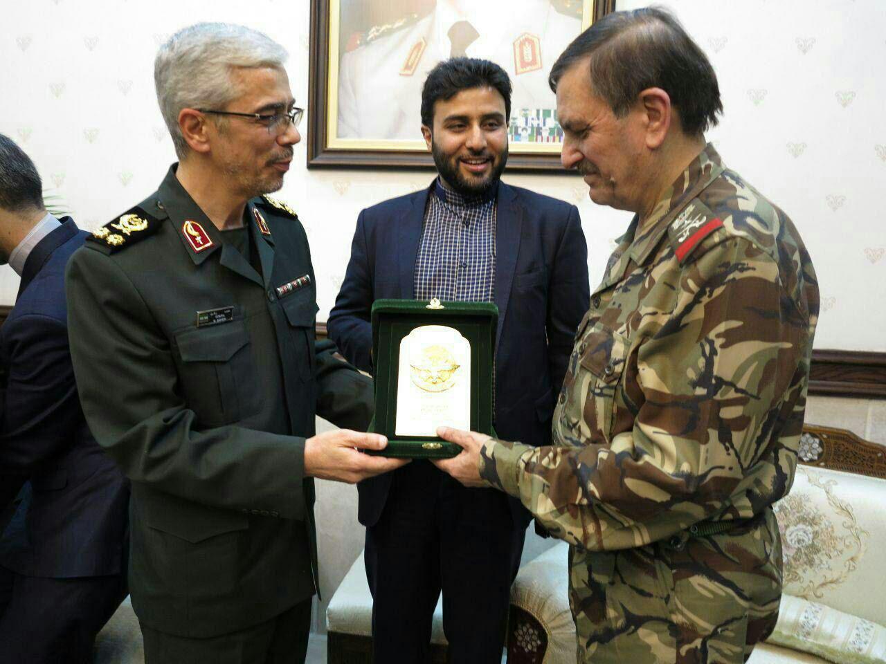 دیدار سرلشکر باقری با وزیر دفاع سوریه