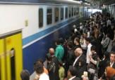 باشگاه خبرنگاران -خطرناکترین کار در متروی کرج به تهران + فیلم