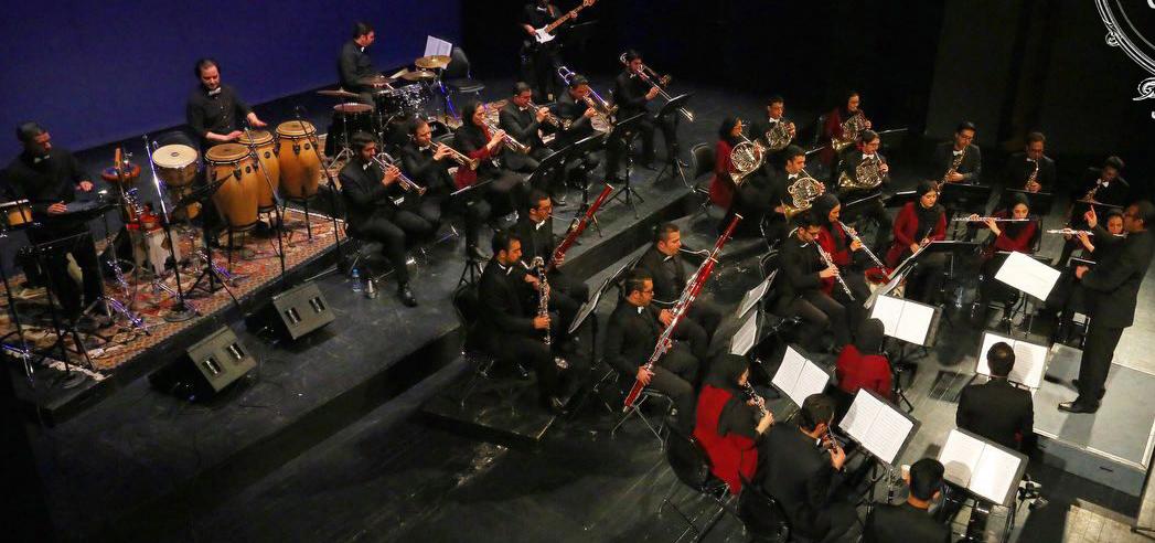 باشگاه خبرنگاران -ارکستر «بادی کارا» قطعات الیور توئیست را مینوازد
