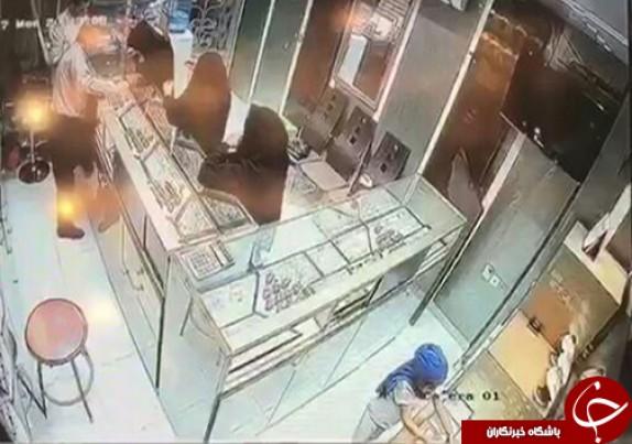 باشگاه خبرنگاران - سرقت از طلافروشیهای خنج و گراش/پلیس در جستجوی دختربچه سارق و ۳ زن + عکس