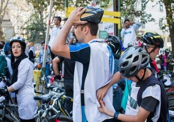 باشگاه خبرنگاران - برگزاری همایش دوچرخه سواری در میاندوآب + فیلم