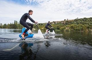 باشگاه خبرنگاران -با این دوچرخه روی آب حرکت کنید! + تصاویر