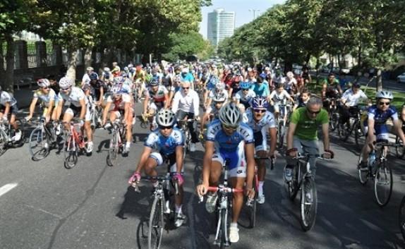 باشگاه خبرنگاران - همایش دوچرخهسواری در میاندوآب برگزار شد