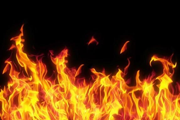 باشگاه خبرنگاران -ریو در آتش عصبانیت راننده سوخت