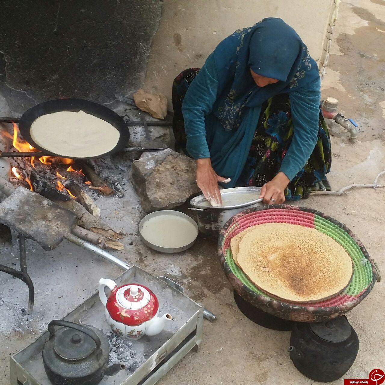 باشگاه خبرنگاران جوان - پخت نان محلی در قاب تصویر - صاحبخبر