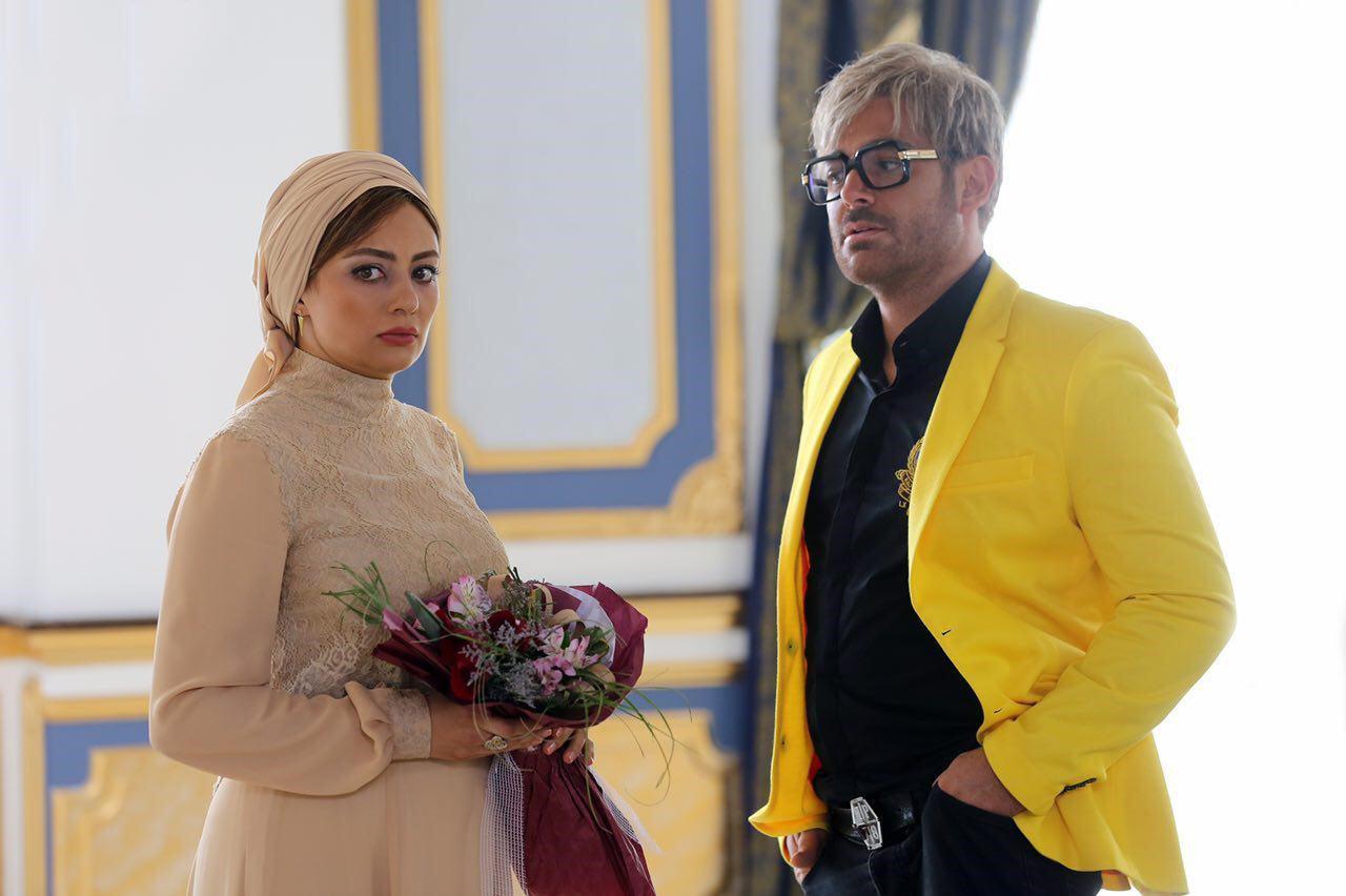 واکنش منوچهر هادی به اکران فیلمش قبل از عید نوروز/ هیچ فیلمی قادر به رقابت با «آینه بغل» نیست