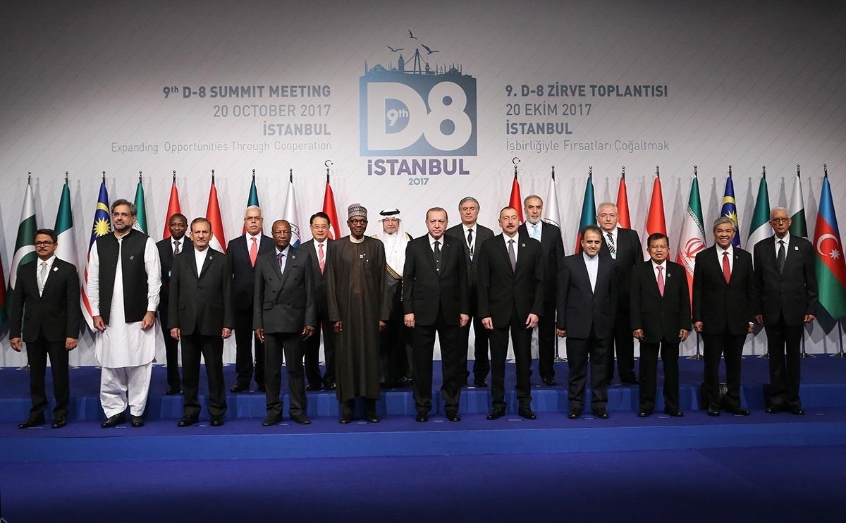 باشگاه خبرنگاران -کشورهای عضو D8 دلار را از مبادلات تجاری حذف کنند