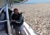 باشگاه خبرنگاران -تصاویر تکان دهنده از کوه زباله در دریاها