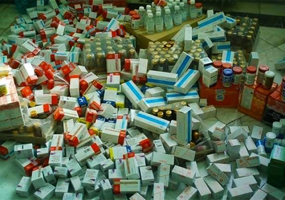 باشگاه خبرنگاران - کشف ۹ هزار داروی قاچاق در گلستان