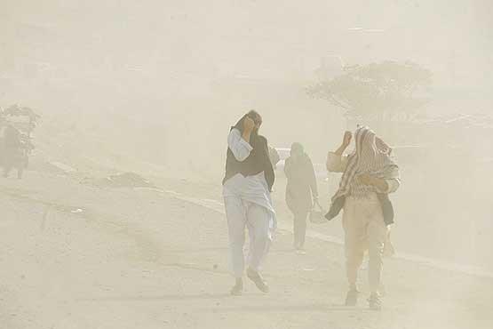 از تداوم طوفان در سیستان وبلوچستان تا ضرورت مراقبت های چشمی
