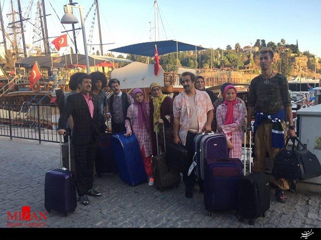 بازگشت «پایتختیها» از ترکیه/ استفاده از بدل برای باباپنجعلی+تصاویر