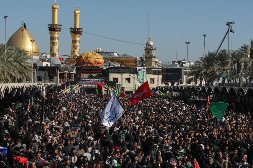 جارو به دستان پایتخت، راهی کربلا شدند