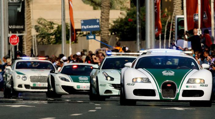 ۲ کشته و ۶ زخمی در امارات در حادثه زیر گرفتن با خودرو