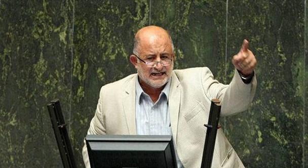 آقای لاریجانی به خاطر تعامل با دولت خودکشی سیاسی میکنید/سوال از رئیس جمهور باید امروز اعلام وصول شود