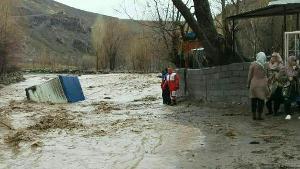 تحویل 13 واحد تخریب شده سیل در روستای چنار