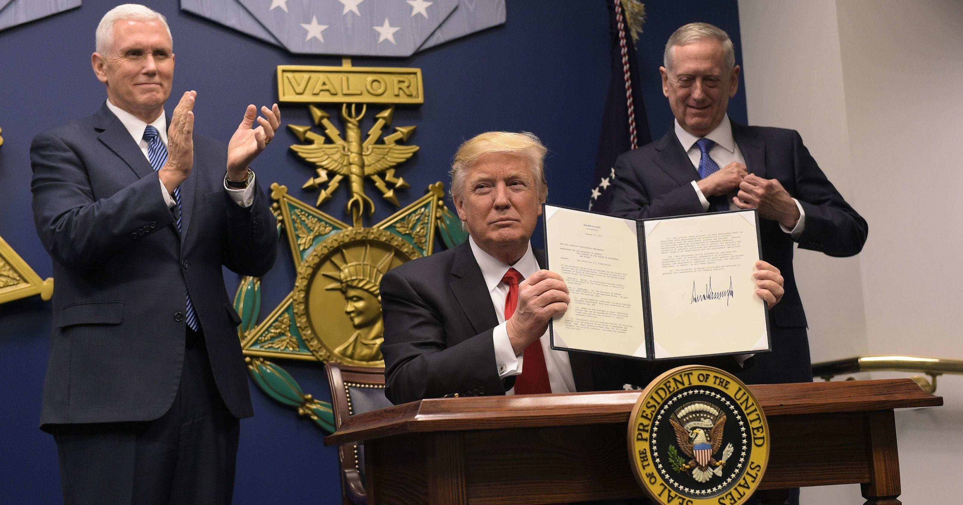 ممنوعیت ورود اتباع شش کشور، ناقض قانون اساسی است