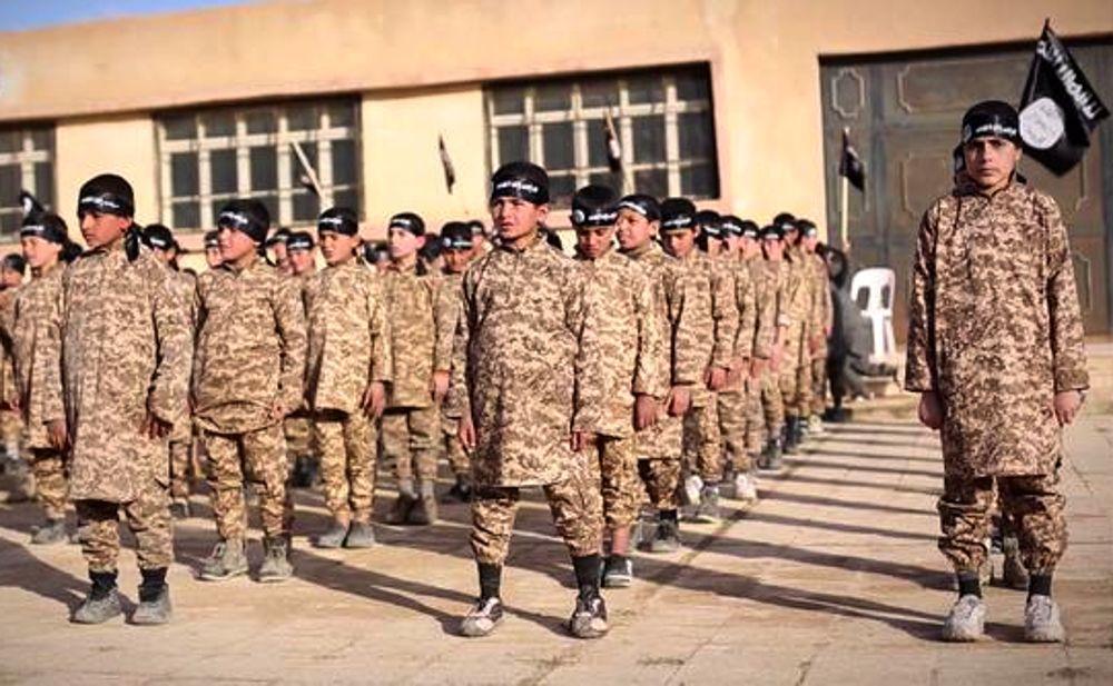 حضور حدود ۵۰۰ کودک فرانسوی در مناطق تحت اشغال داعش در عراق و سوریه