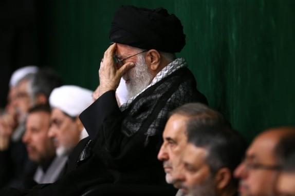 مراسم شام غریبان اباعبدالله الحسین(ع) در حسینیه امام خمینی(ره) آغاز شد